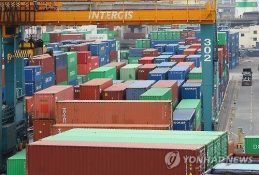 Korea's exports may rebound in Aug.: finance minister